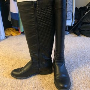 Shoes - Knee high black riding boots